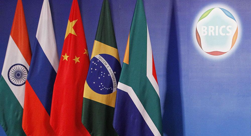 中国外交部:中方祝贺金砖国家新开发银行非洲区域中心开业