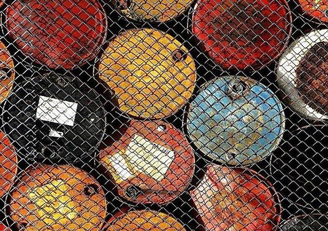中国海关总署:2016年上半年中国原油进口量增长14.2%