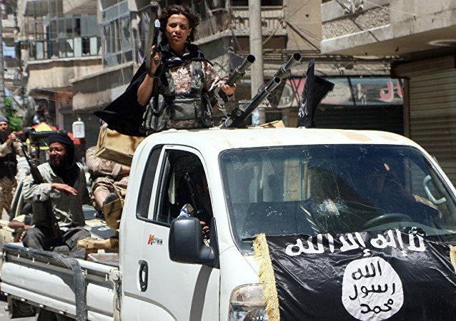 """外媒:""""伊斯兰国""""在叙利亚北部使用化学武器对抗反对派力量"""