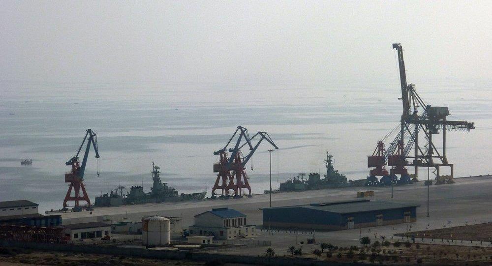 俄蘇瑪集團與河北港口集團就開展合作進行初步洽談
