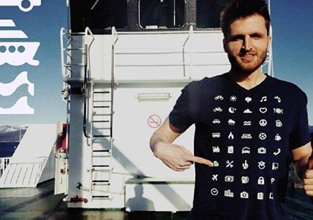 瑞士人设计出一款能克服语言障碍的T恤衫