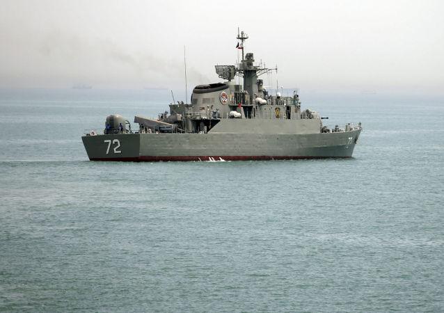 伊朗军事船只