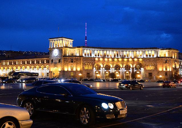 亚美尼亚反对派领导人称该国总理应由议会投票选出