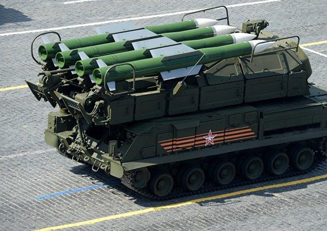 """俄""""山毛榉-M2""""和""""铠甲-S1""""防空系统/资料图片/"""