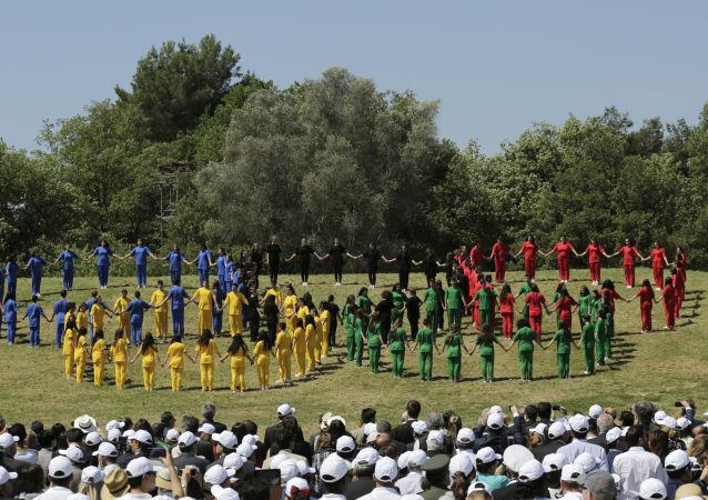 在古奥林匹亚举行的圣火采集仪式
