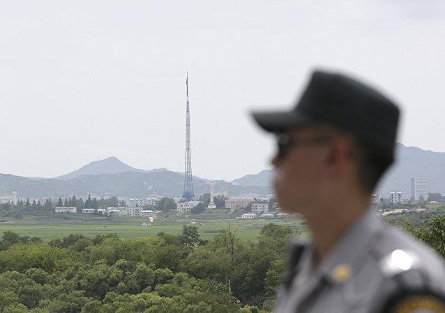 朝鲜已延朝韩非军事区部署了300余多管火箭炮系统