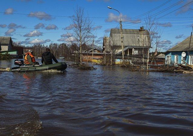 俄紧急情况部:俄洪灾淹没150多个居民点