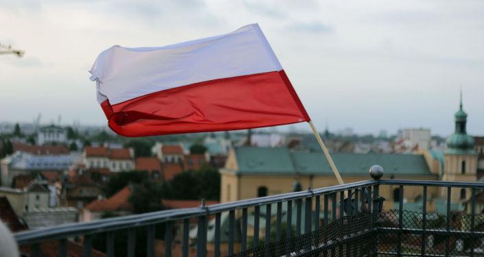 波兰新政府宣誓就职 所有部长留任