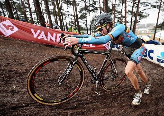 比利时自行车手F·德雷斯切(Femke Van den Driessche)