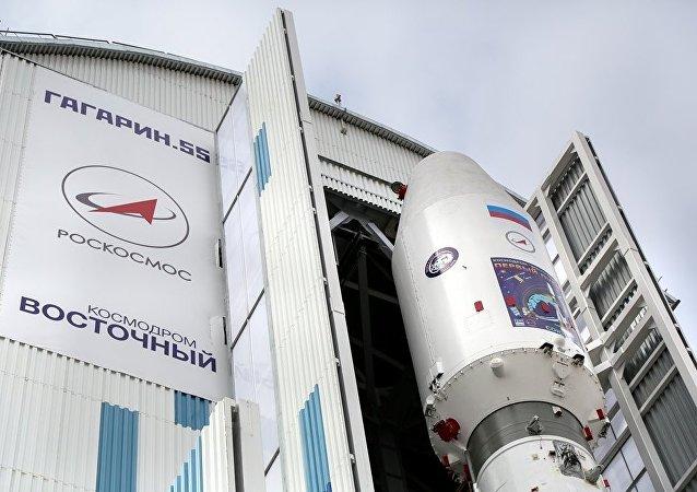 俄副总理:东方发射场工程初级阶段应于十月底完工