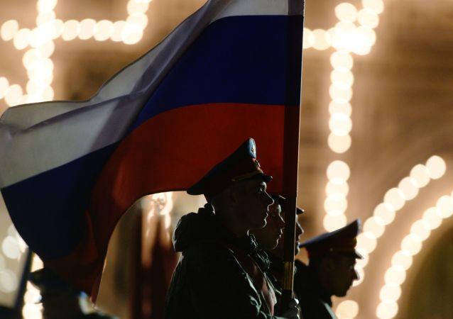 莫斯科举行胜利日阅兵最后一次夜间彩排