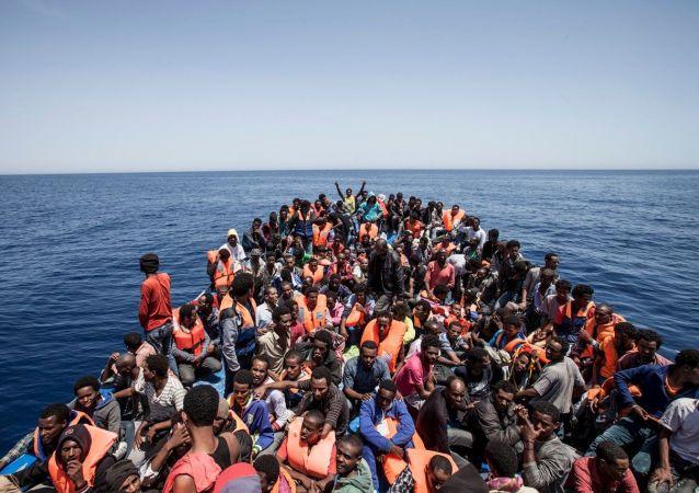 媒体:超过3100名非法移民在利比亚西部被捕