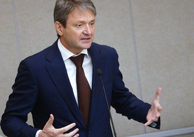 俄罗斯农业部长亚历山大•特卡乔夫