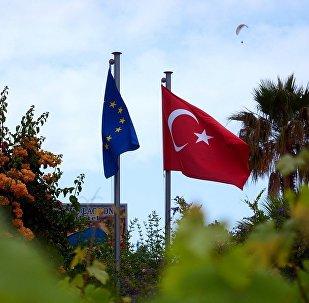 土耳其总理称该国与欧盟当前关系降至近期最低点