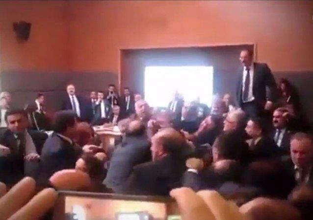 土耳其议员