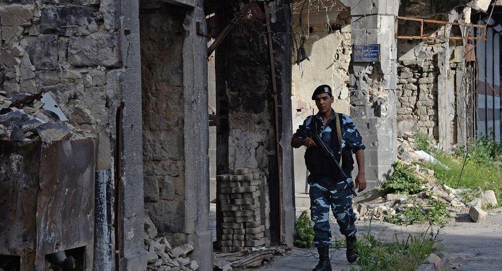 俄驻叙调解中心:从霍姆斯郊区疏散400名武装分子及其家属