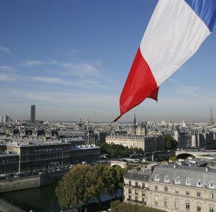 法国前教育部长和前总理将参加第二轮社会党初选