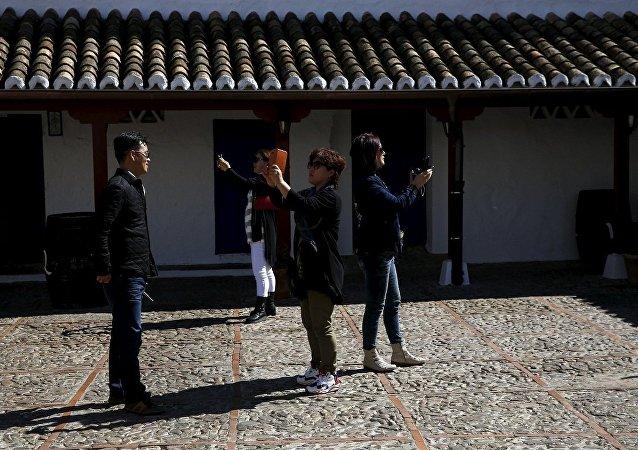 中国富豪为旗下2500名员工西班牙度假买单