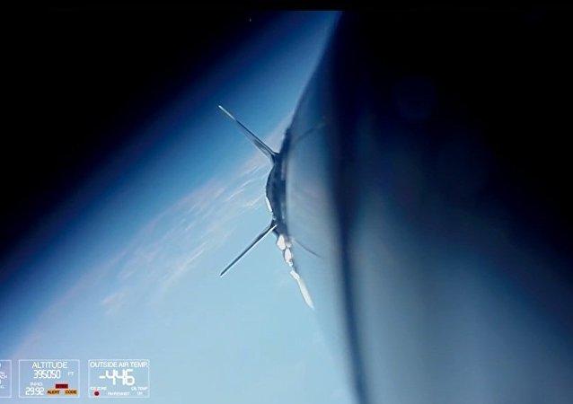 GoPro相机坐着火箭上太空