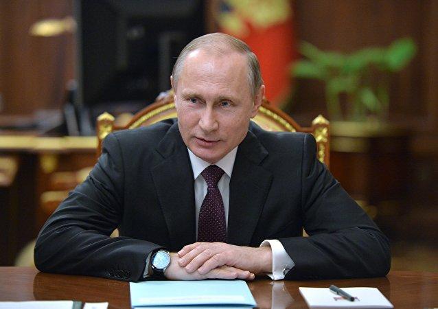 Президент РФ В. Путин.