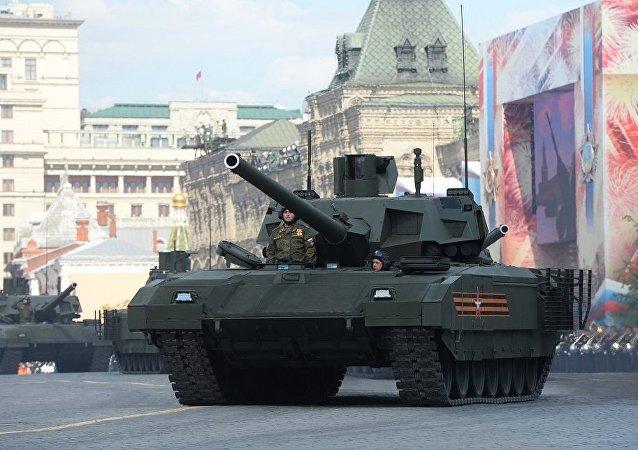 """俄罗斯新一代未来型""""阿尔马特""""坦克"""