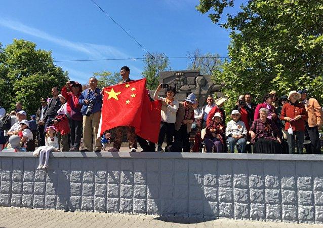 俄拟招收中国留学生担任导游