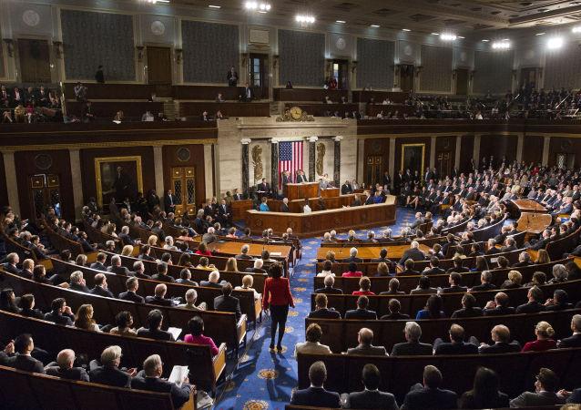 美国资历最老的议员在遭性骚扰指控后辞职