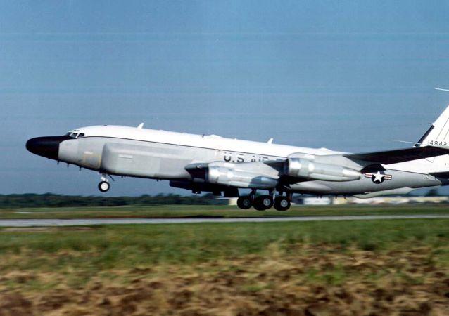 偵察機 RC-135