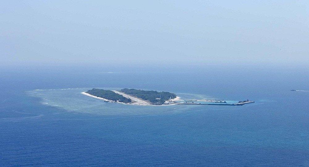 俄驻华大使:中国南海问题只能通过对话解决
