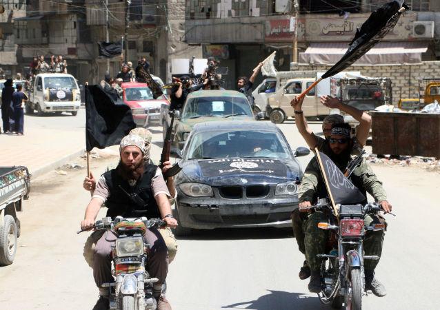 """""""胜利阵线""""恐怖分子, 叙利亚"""