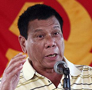 菲总统杜特尔特下令:如我成为独裁者 就朝我开枪