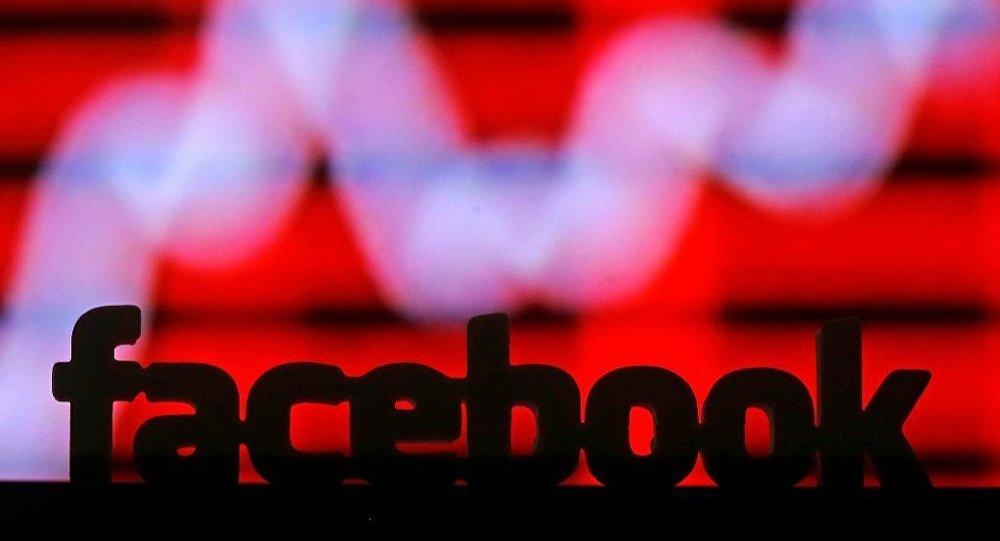 脸书新闻筛选:由12名编辑手动完成