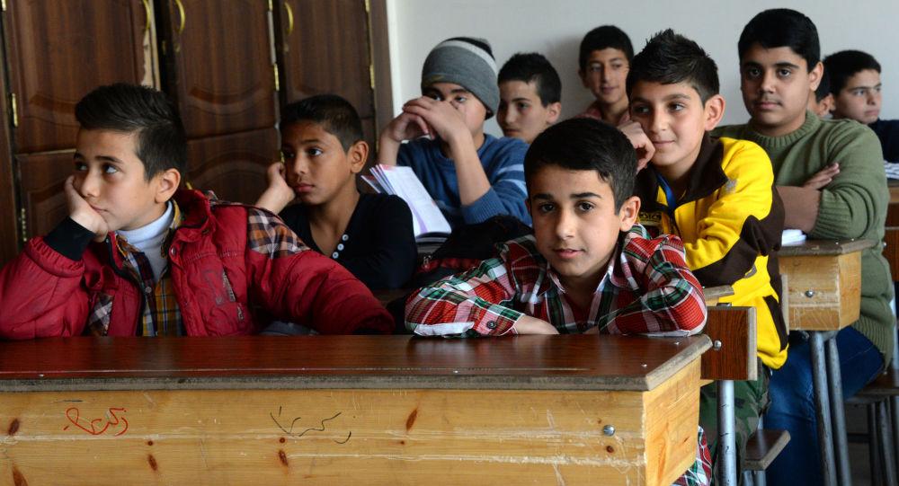 叙阿勒颇战后重建约130所学校