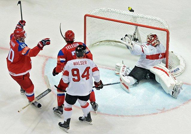 7 俄冰球队在世锦赛中击败瑞士队晋级淘汰赛