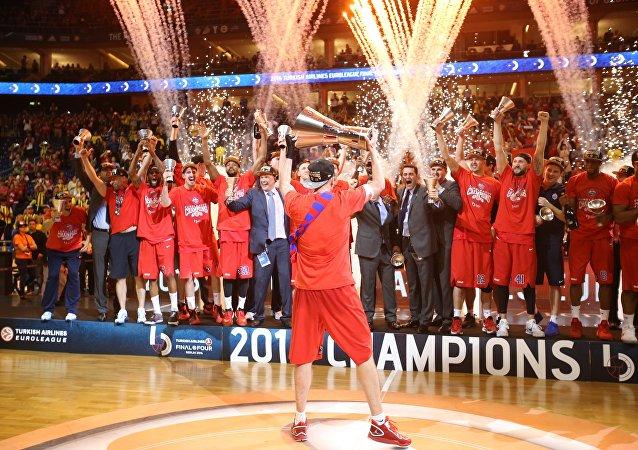 男篮欧冠决赛:莫斯科中央陆军战胜土耳其费内巴切夺冠