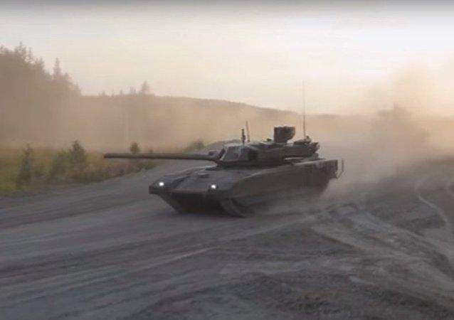 新型「阿瑪塔」坦克進入試驗階段