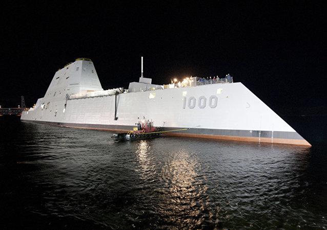 朱姆沃尔特级驱逐舰