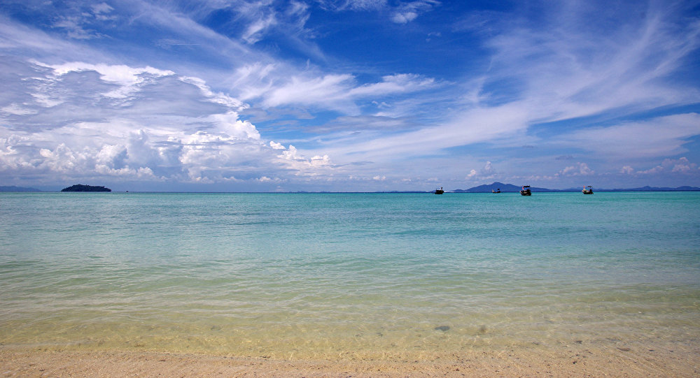 游客过多致环境受损 泰国决定关闭达柴岛