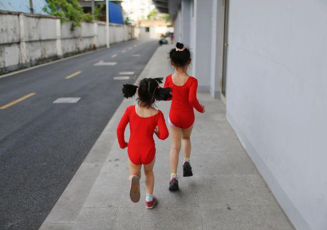 上海奥林匹克学校: 中国如何培养冠军