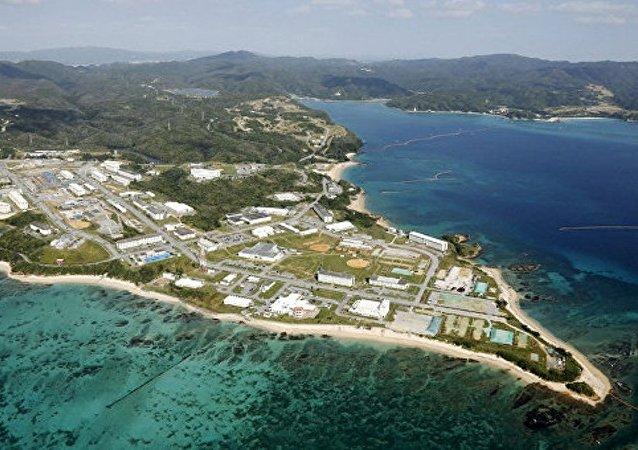 日本防卫省开始为搬迁美军基地填筑冲绳部分沿海地带