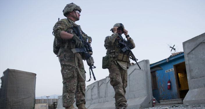 一名自殺式恐怖分子在阿富汗攻擊美軍隊伍