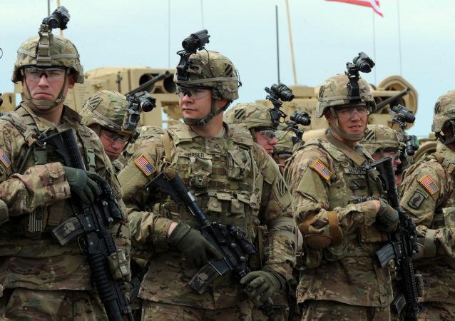 """美国""""损失""""了价值10亿美元的送到伊拉克的武器"""