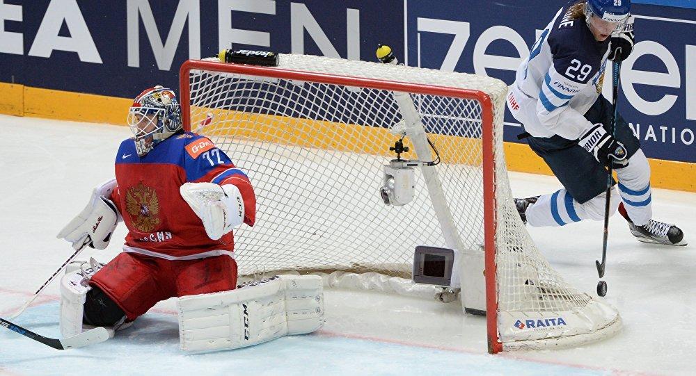 俄國家隊在世界冰球錦標賽半決賽中輸給芬蘭隊