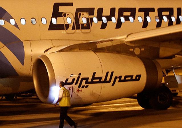 搜救人员发现埃及航空失事飞机第二个黑匣子
