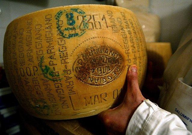 俄产法式奶酪推介会在巴黎举行