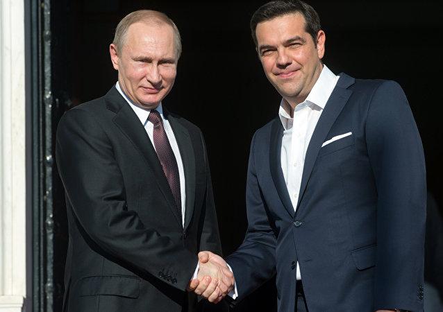 希腊总理期待访华期间能与普京会面