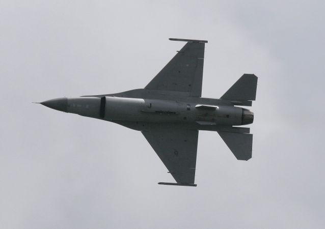 巴基斯坦弃购美国8架F-16战机