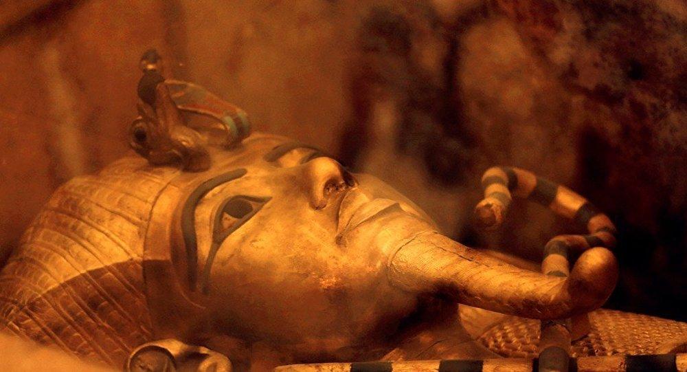 科学家发现埃及法老匕首使用外星材质