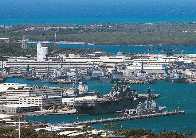 美国珍珠港-希卡姆联合基地在枪击事件后重新开放
