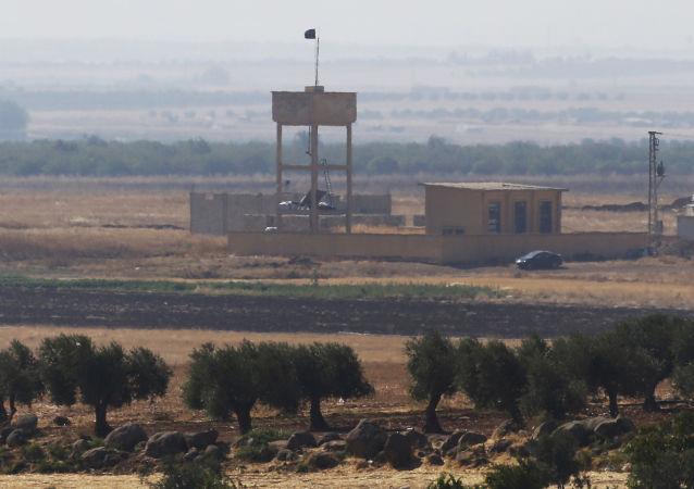 媒体:军方连续两天在叙土边境搜寻受伤的美国女侦察兵